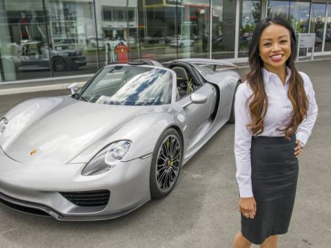 Women at the Wheel: Dee Sjarif at OpenRoad Auto Group